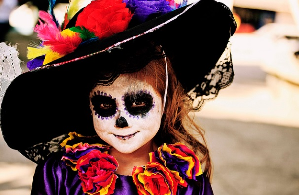 catrin niña catrin niño 9 • 2020 » 30 Ideas para Maquillaje de Catrinas para niñas 11