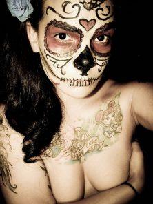 comomaquillarsedecatrina 16 • 2020 » 75 Ideas Geniales de Maquillajes de Catrinas Mexicanas 17