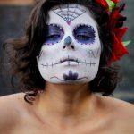 comomaquillarsedecatrina 2 » 75 Ideas Geniales de Maquillajes de Catrinas Mexicanas 25