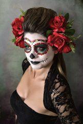 comomaquillarsedecatrina 23 • 2020 » 75 Ideas Geniales de Maquillajes de Catrinas Mexicanas 31