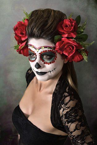 comomaquillarsedecatrina 23 • 2020 » 75 Ideas Geniales de Maquillajes de Catrinas Mexicanas 9