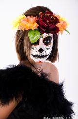 comomaquillarsedecatrina 24 • 2020 » 75 Ideas Geniales de Maquillajes de Catrinas Mexicanas 30