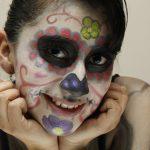 comomaquillarsedecatrina 30 » 75 Ideas Geniales de Maquillajes de Catrinas Mexicanas 58