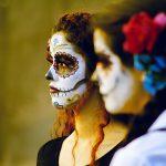 comomaquillarsedecatrina 36 » 75 Ideas Geniales de Maquillajes de Catrinas Mexicanas 7