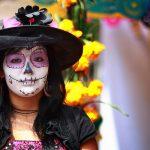 comomaquillarsedecatrina 4 » 75 Ideas Geniales de Maquillajes de Catrinas Mexicanas 48