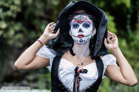 comomaquillarsedecatrina 43 • 2020 » 75 Ideas Geniales de Maquillajes de Catrinas Mexicanas 45