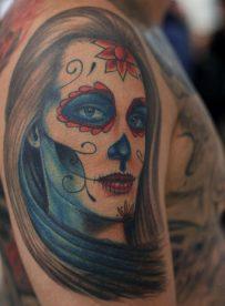 tatuajescatrina 12 • 2020 » 97 Geniales Tatuajes de Catrinas (+Significados) Catrina Tattoo 31