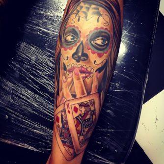 tatuajescatrina 2 • 2020 » 97 Geniales Tatuajes de Catrinas (+Significados) Catrina Tattoo 26