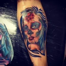 tatuajescatrina 3 • 2020 » 97 Geniales Tatuajes de Catrinas (+Significados) Catrina Tattoo 25