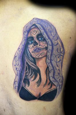 tatuajescatrina 8 • 2020 » 97 Geniales Tatuajes de Catrinas (+Significados) Catrina Tattoo 35