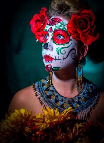 peinados de catrinas corto recogido 6 • 2020 » 30 Ideas Geniales de Peinados de Catrinas Mexicanas 6
