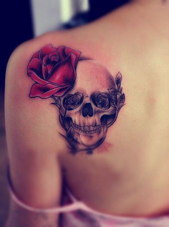tatuajes calaveras para mujeres 7 » 30 Tatuajes de Calaveras para inspirarte 20